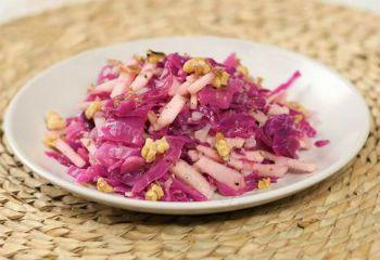 Салат из красной капусты с хреном