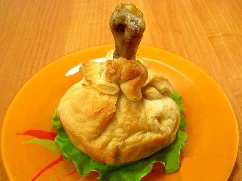 куриная ножка в тесте с картошкой и грибами