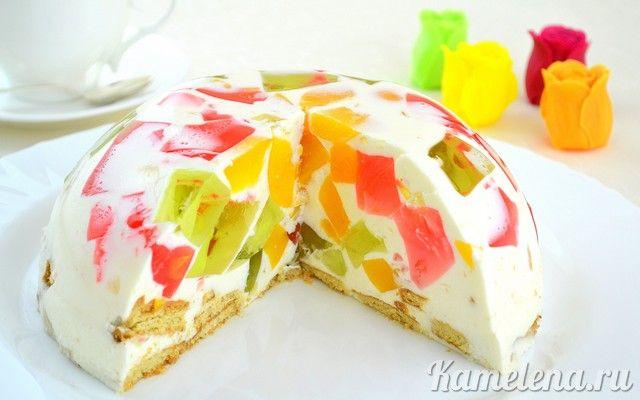 Торт желейный с фруктами и сметаной